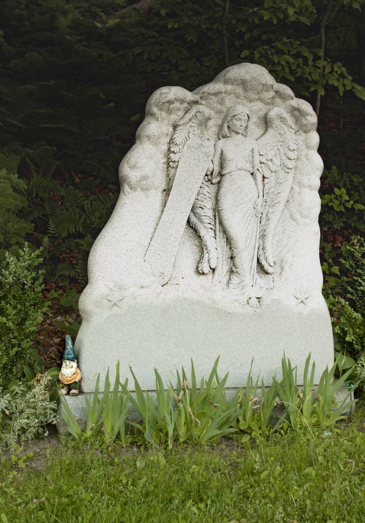 Gnome on tombstone